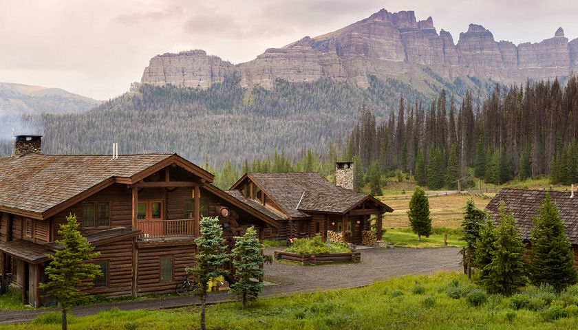 Brooks Lake Lodge & Spa