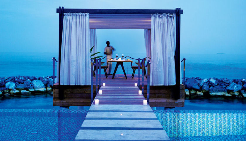 Romantic Pool Residence - Over Water Gazebo