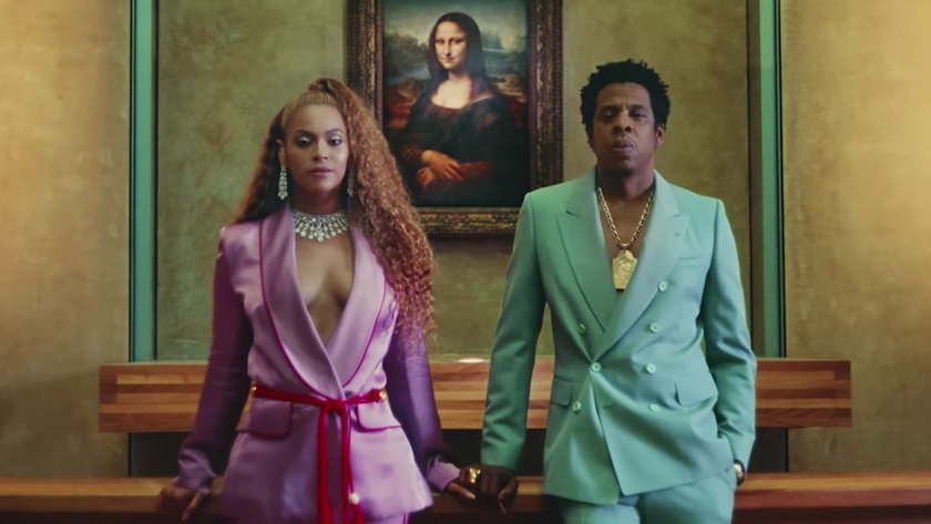 Beyonce & JAY-Z in the Louvre