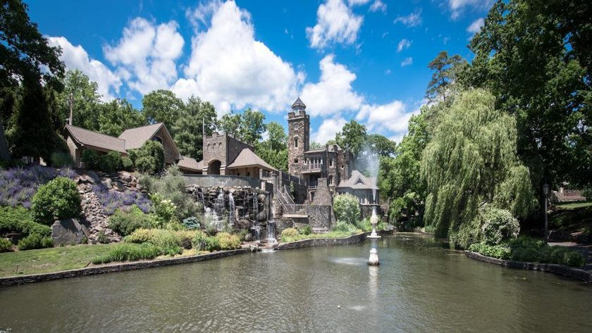 Derek Jeter family castle